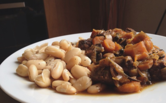 Boeuf mijoté aux légumes et haricots blancs